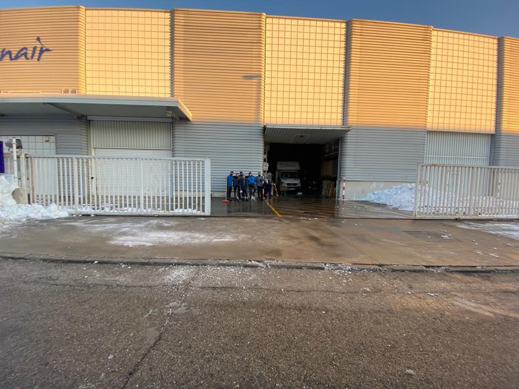 FANAIR limpio después del temporal de nieve Filomena 2021